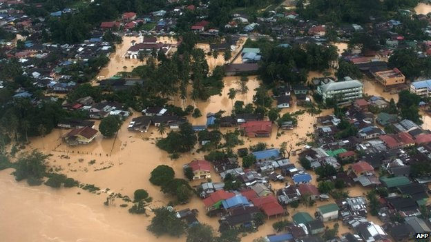 Malaysia's government says the flooding is the worst in more than 30 years. Photo by BBC.com